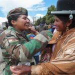 MILITARES SE SUMAN A LAS PROTESTAS EN CONTRA DEL GOLPE EN BOLIVIA